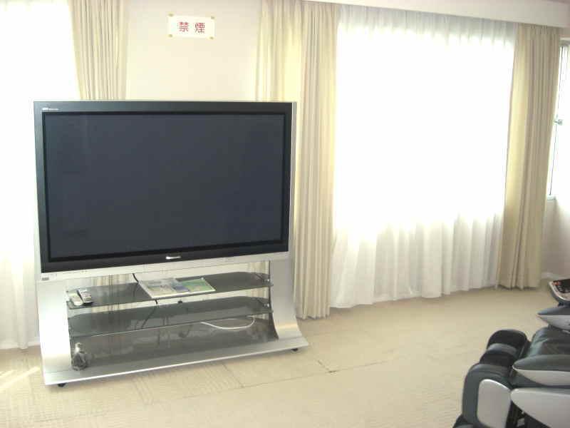 58型プラズマテレビ