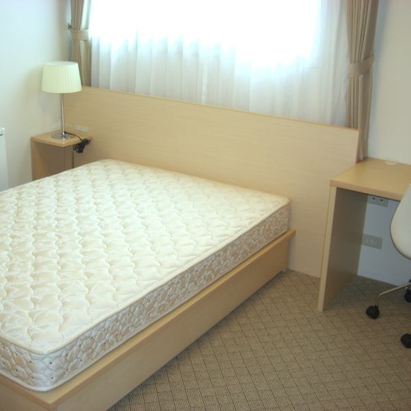 Eタイプ ベッド